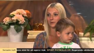 Femton år och gravid - så klarade Olivia av att bli mamma - Nyhetsmorgon (TV4)