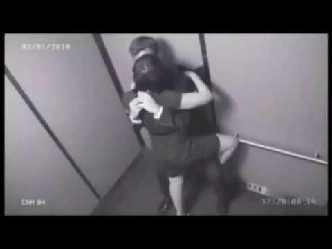 после этого трахнул русскую даму в лифте лице неё