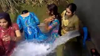Indian Girls Enjoy In water desi style in Village | Fun Time | Hot Enjoy