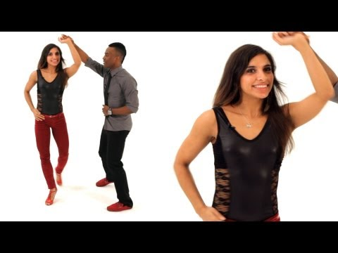 How to Do a Bachata Turn for Women | Bachata Dance