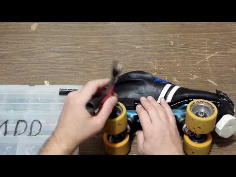 How to properly tighten a roller skate wheel