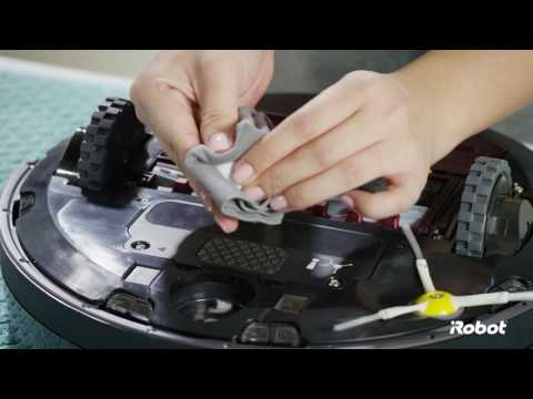 Roomba® 800 Series Front Wheel Care