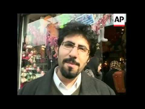 Lovers in Iran celebrate Valentines day