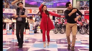 Mahira Khan Amazing Dance Mashup