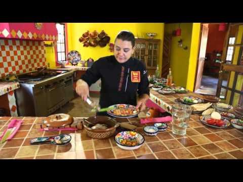 mexican cooking classes Caldo de pollo, (chicken broth)