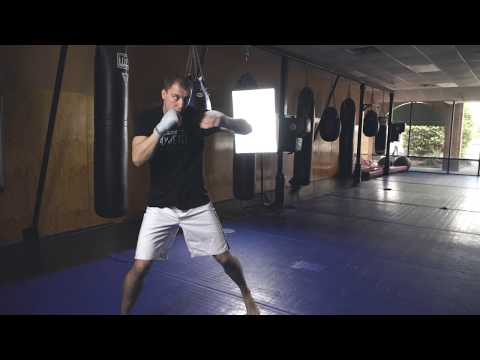 Learn Beginner Boxing Combos with James Vick