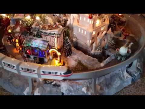 2016 Christmas Tree Miniature Village Platform