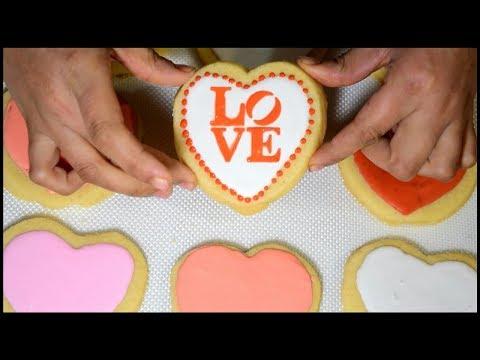 Galletas de azucar decoradas ❤ shortbread cookies decorated with stencil 💟