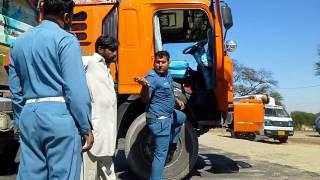 Shocking Behaviour of Traffic Wardens at Mandra Road Chakwal