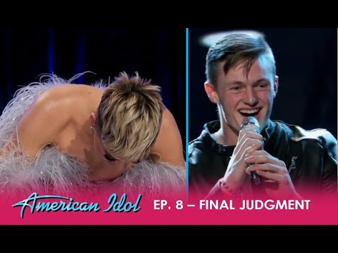 Jonny Brenns: Katy Perry Is In TEARS As His Dad FINALLY Shows Up To Support Him | American Idol 2018