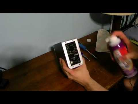 HOW TO CLEAN A EXTERNAL HARD DRIVE CASE