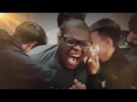 Teen Screams as He Finds Out He's Accepted to 20 Colleges