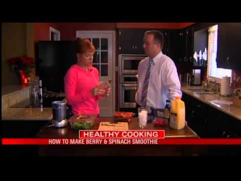 Healthy Cooking: Berry Spinach Smoothie