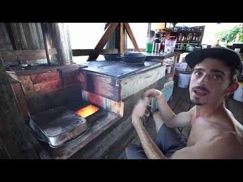 Rocket Man Kyle Demos Amazing Rocket Stove Flat Cooking Surface
