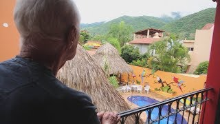 U.S. citizens relocating to Mexico form unique expat community