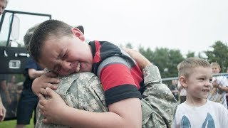 Soldiers Homecoming 😭 Soldiers Surprise Their Kids