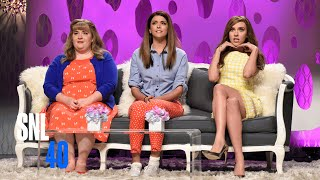 Girlfriends Talk Show with Scarlett Johansson