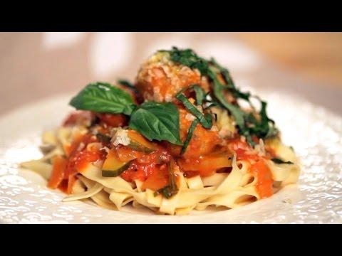 Aussie Pasta With Chicken Sausage and Fresh Vegetables | Everyday Health