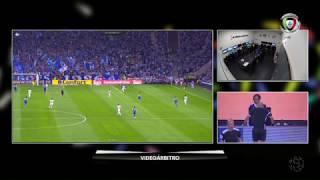 Polémica: Livre direto ou penálti por falta sobre Hernâni? (FC Porto - Feirense)