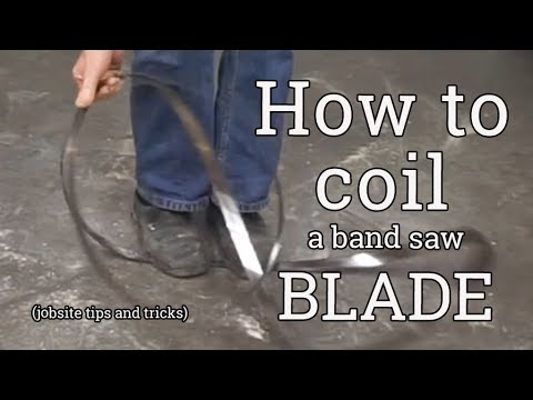 Coiling a band saw blade