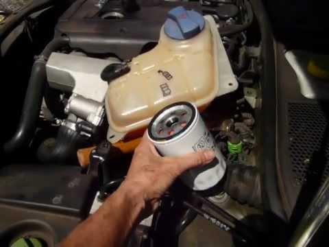 How to change oil filter in 2003 Volkswagen Passat