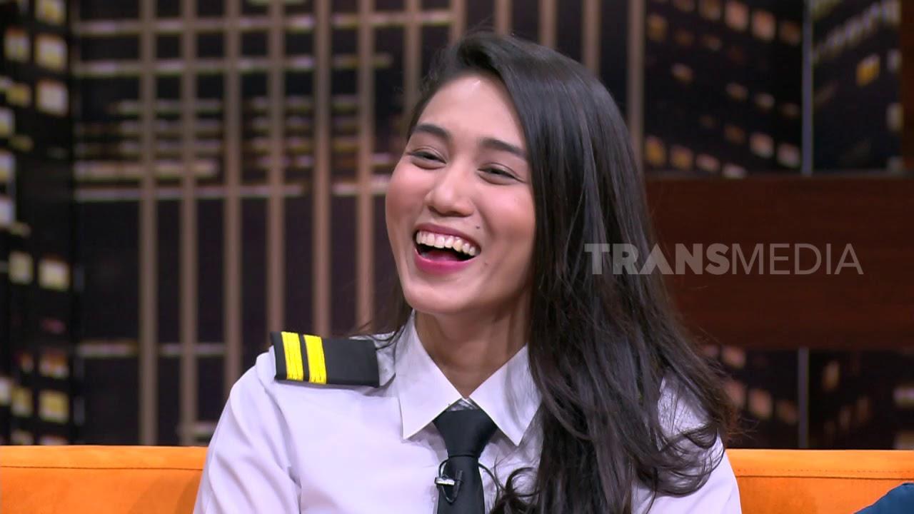 Suka Duka Athira Sebagai Pilot    HITAM PUTIH (29/04/19) Part 2