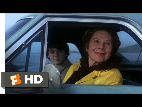 Harold and Maude (5/8) Movie CLIP - It's Rather Hard to Find a Truck (1971) HD