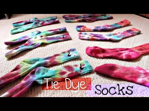 DIY | Tie Dye Nike Dri-Fit Socks