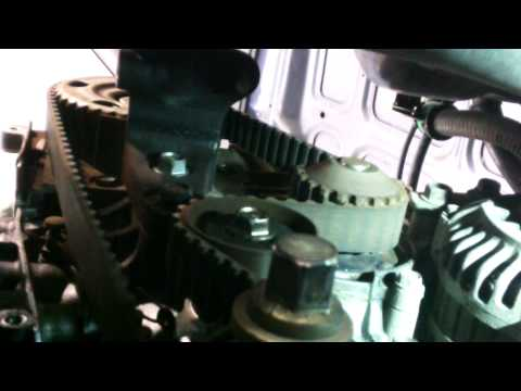 Timing belt replacement 1988 - 1995 Honda Civic 1.5L 4 cylinder water pump Install Remove