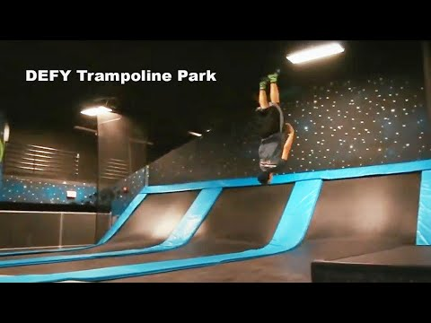 WE TRAVELED ACROSS THE COUNTRY TO GO TO THE WORLD'S BIGGEST TRAMPOLINE PARK!!! w/ lel m8