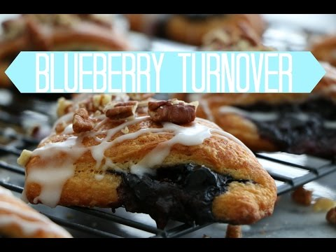 Blueberry Turnover | Cravings