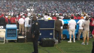 Kaepernick getting booed by Chargers fans (Wait until the 14 second mark)