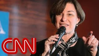 Amy Klobuchar ate salad with comb, told staffer to clean it, NYT reports