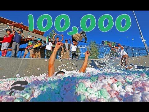 100,000 STYROFOAM PACKING PEANUTS FILLS SKATEPARK
