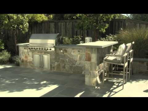 Backyard Kitchen & Bluestone Countertop