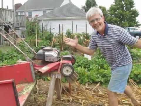 Easy-to-make chopper for corn stalks