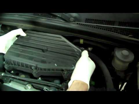 How to replace the Air Filter on a 2001 - 2005 Honda Civic