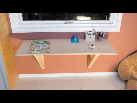 Making a quick and easy floating desk
