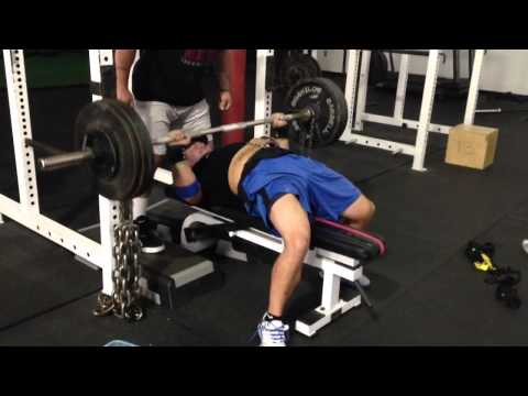 Pause Bench Press Vs. 80 Lbs. Chains (Special Developmental Exercise- Powerlifting)