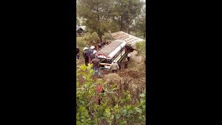 San Marcos: Bus pierde el control y cae a barranco