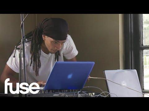 Deleted Scene: DJ Juan's Computer Issues Irk Freedia