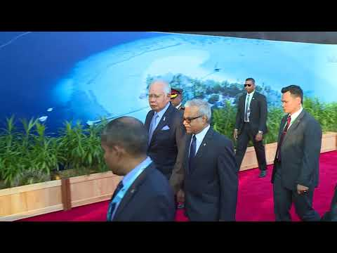 Prime Minister and First Lady of Malaysia arrive in Maldives on Official Visit to Maldives