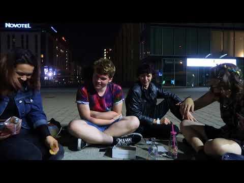 Wine Mum™ ft. Noella Usbourne, Simon Davidson & Ben