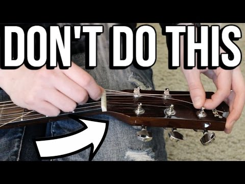 How NOT to Change Your Guitar Strings - Watch Me Struggle