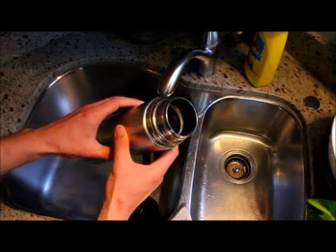 How-to Use A Vacuum Bottle To Keep Drinks Cold Tutorial