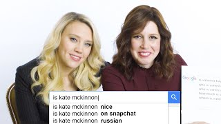 Kate McKinnon & Vanessa Bayer Answer the Web