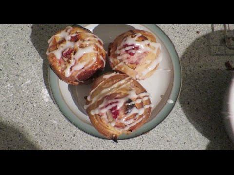 White Chocolate and Raspberry Iced Buns