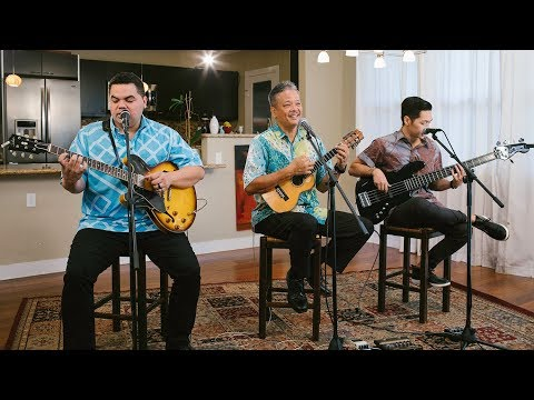 Bryan Tolentino and Halehaku Seabury - Wai O Ke Aniani (HI Sessions Live Music Video)