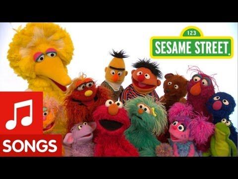 Sesame Street: Sing the Alphabet Song!