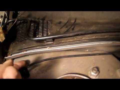 How to Change the Cabin Air Filter on a 2004 Buick Century